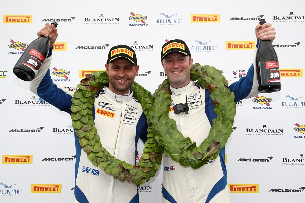 GT3: Davidson and Adam crowned champions as Balfe end 16-year victory drought at Donington
